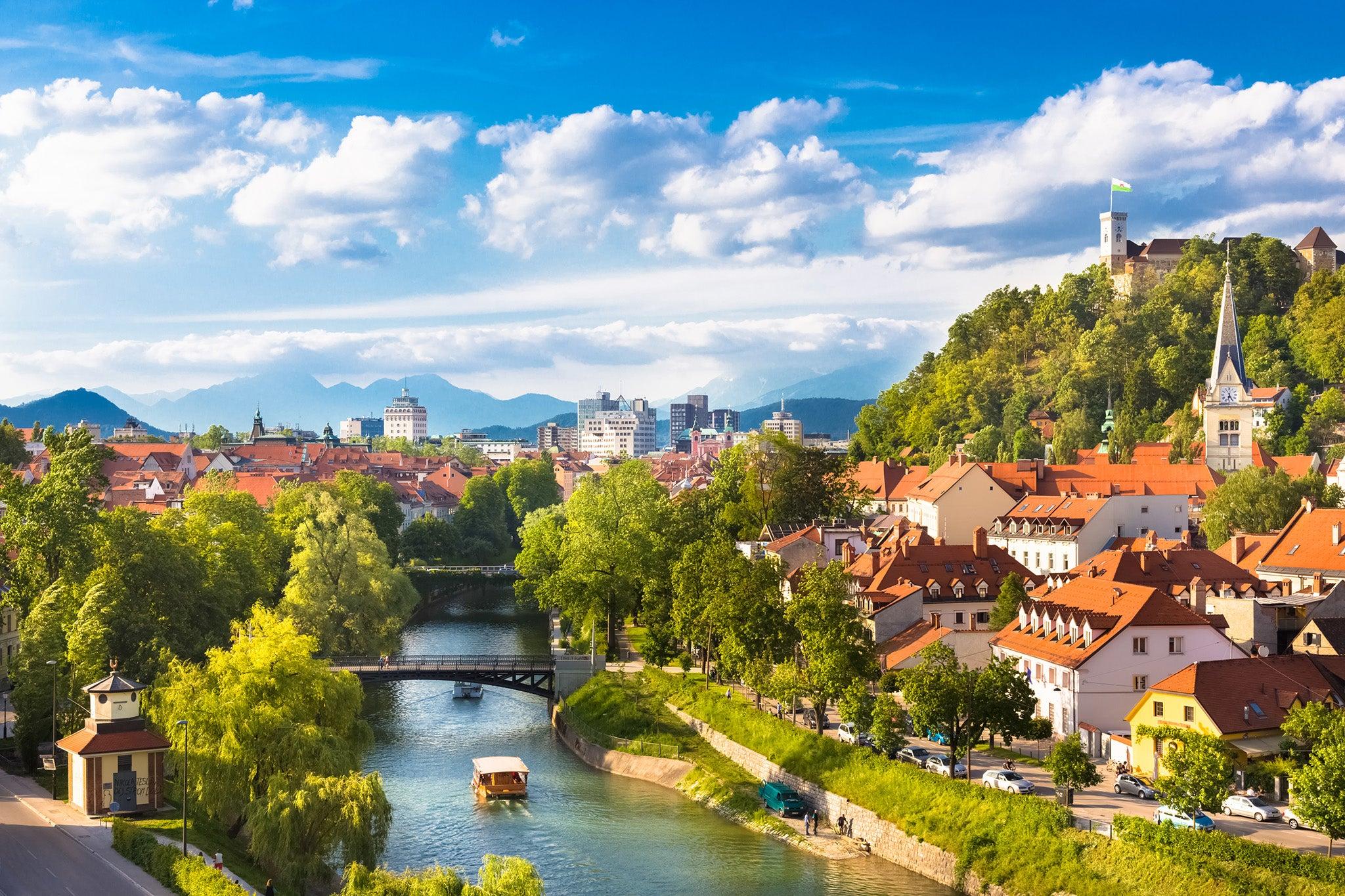 Транспорт до Словения